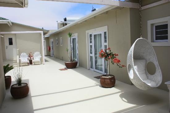 Swakopmund Guesthouse: Blick in den Innenhof