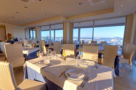 Porto San Giorgio, Italy: Coba Beach Restaurant