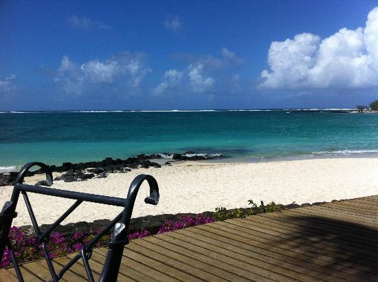 Constance Belle Mare Plage: the beach in front of the Indigo restaurant