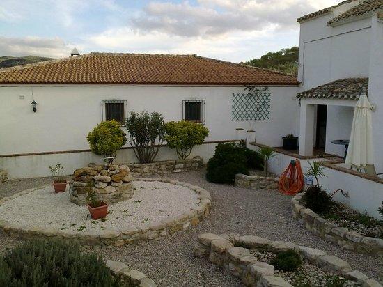 Cortijo Las Olivas: the courtyard