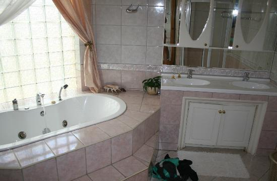 Lebombo Villa: Bathroom