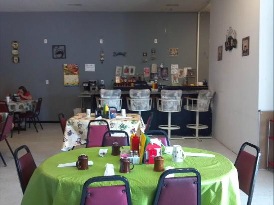 Nanny's Cafe Dining Room