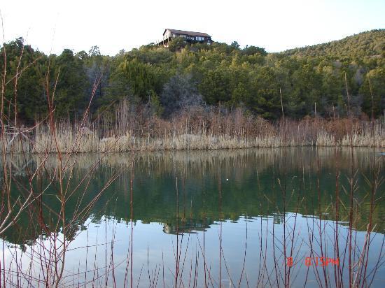 Whispering Oaks Ranch: Evening fishing at Joshua's pond.