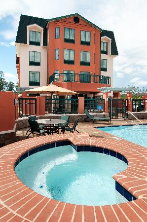 Homewood Suites by Hilton Slidell: Beautiful Outdoor Pool