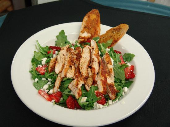 Kaya Island Eats: Kaya Salad with Chicken