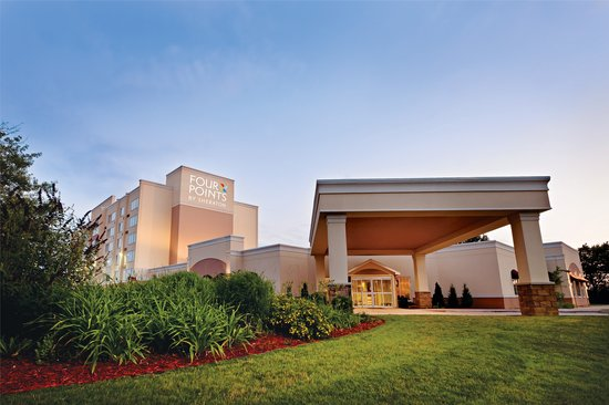 Four Points by Sheraton Kalamazoo: Exterior of Hotel