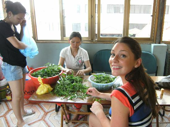 Vietnam Awesome Travel - Day Tours: Preparing
