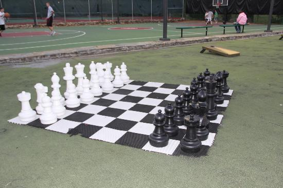 Wyndham Resort at Fairfield Mountains: Large Chess Game; they also have checkers, next to tennis and basketball courts