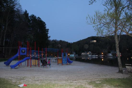 Wyndham Resort at Fairfield Mountains: Playground on the beach