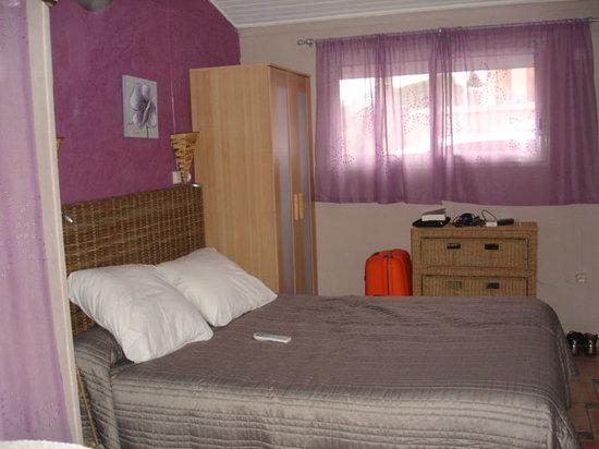 Hotel de France Maguy: chambre alizée lit 140