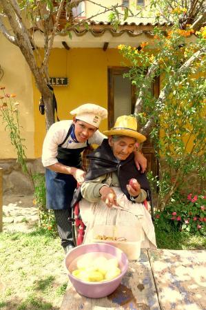 Hostel Andenes: Hubert & Dona Pamela