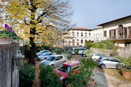 Principe Hotel: Parking (free of charge)
