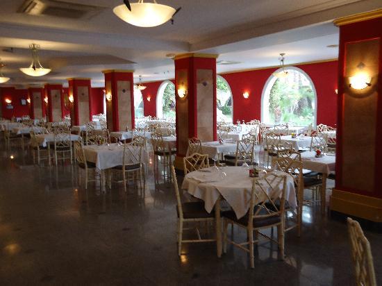 Gran Hotel Europe Comarruga: Perspectiva Restaurante