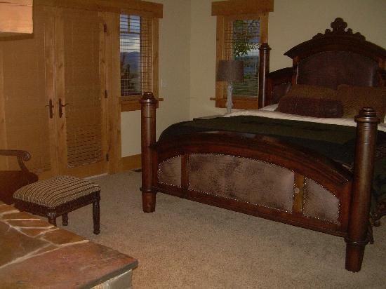Lone Elk Lodge Bed & Breakfast: Teton Pass (Master Suite)