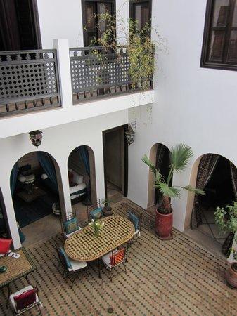 Riad Les Trois Mages: Courtyard
