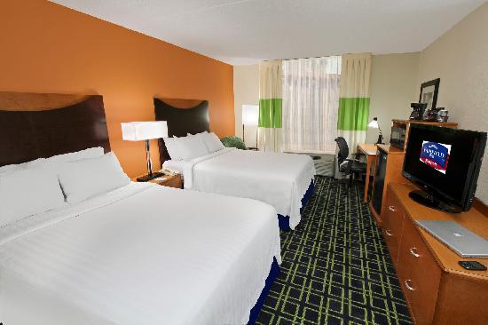 Fairfield Inn Portland Maine Mall: Double Bed Guestroom