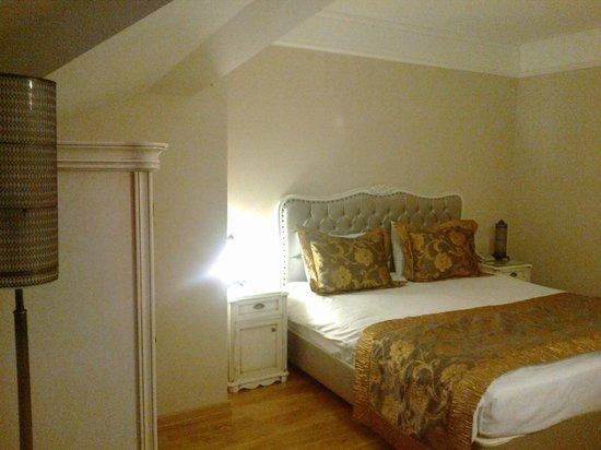 Recital Hotel: room