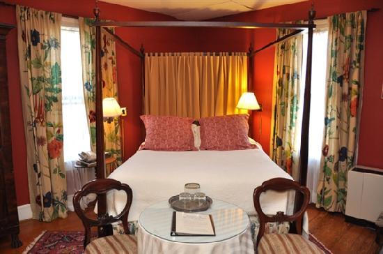 200 South Street Inn: Room 21