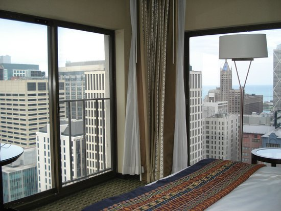 Chicago Marriott Downtown Magnificent Mile : View of room