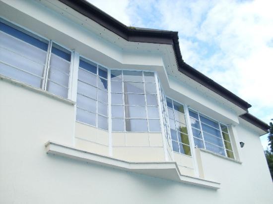 Droitwich Spa Lido: Rare Art Deco window