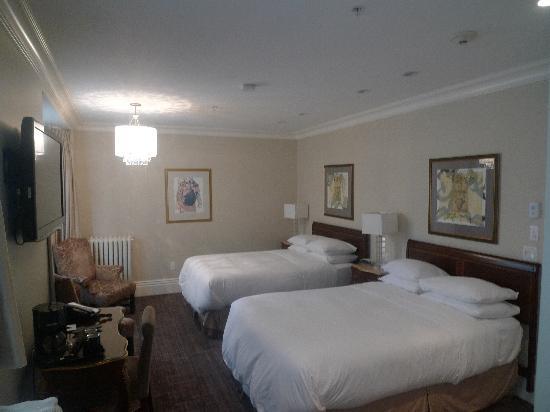 Victorian Hotel: Deluxe Double
