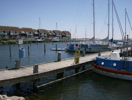 Fjordkroen: Klintholm Marina