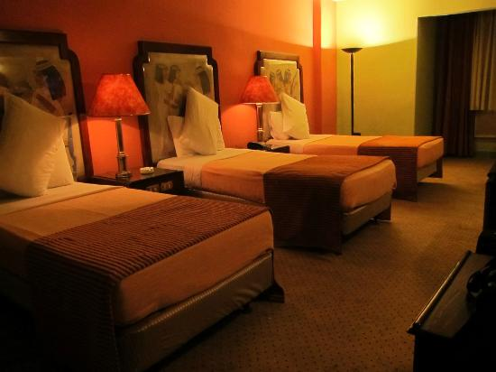 Zayed Hotel: Triple room.