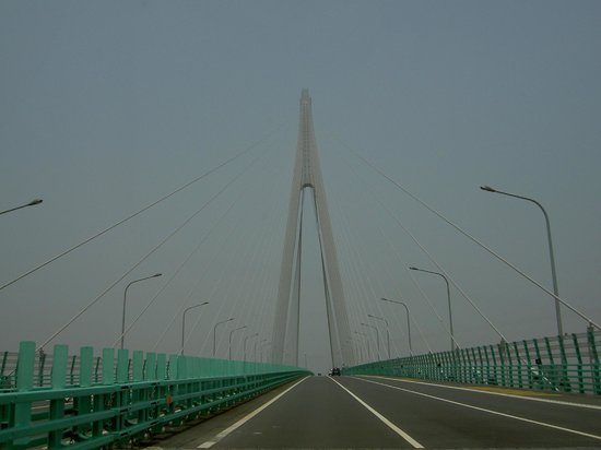 Haiyan County, China: Hangzhou Bay Bridge