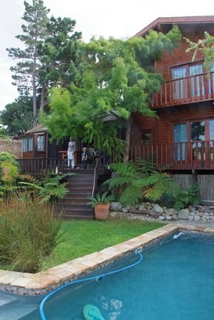 Zauberberg Cottage: Cypress Cottage und Pool