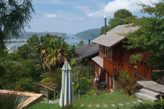 Zauberberg Cottage: Ausicht von der Terrasse Cypress Cottage