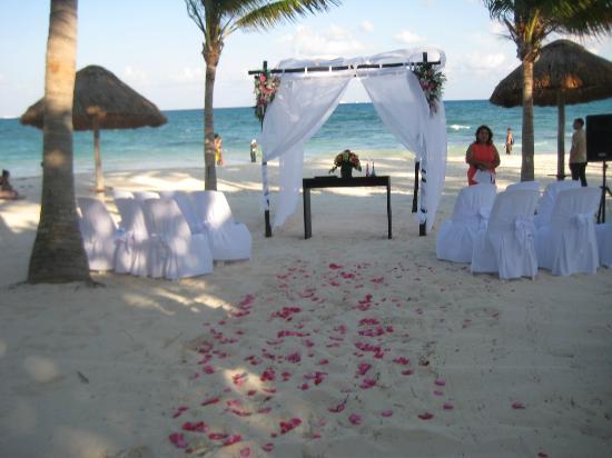 Mahekal Beach Resort Wedding