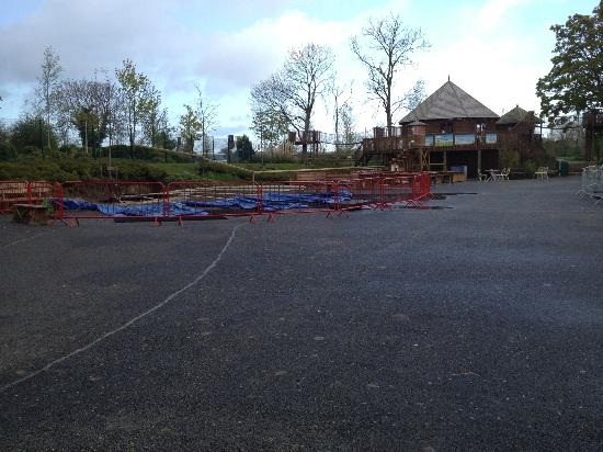 Tayto Park: Another ATTRACTION .... CLOSED OFF!!!!