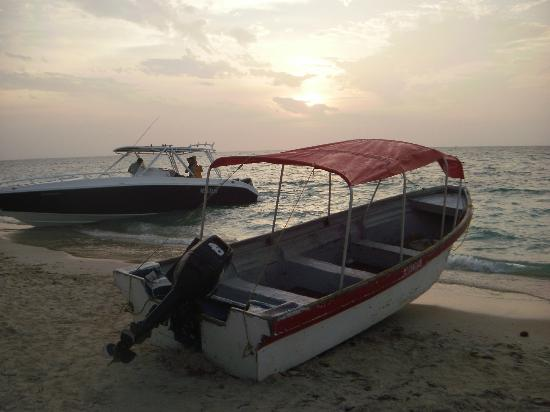 Playa Blanca: beautiful sunset