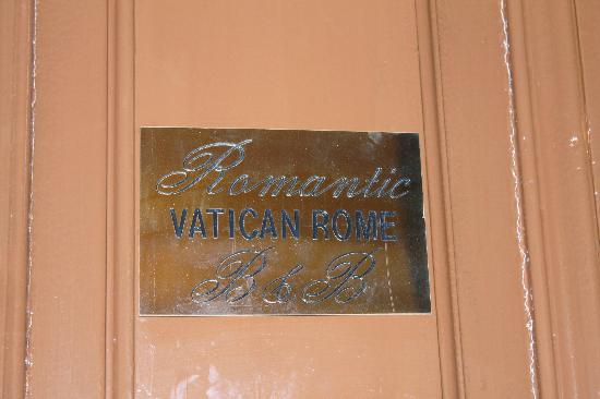 Romantic Vatican Rome B&B: B&B Entryway