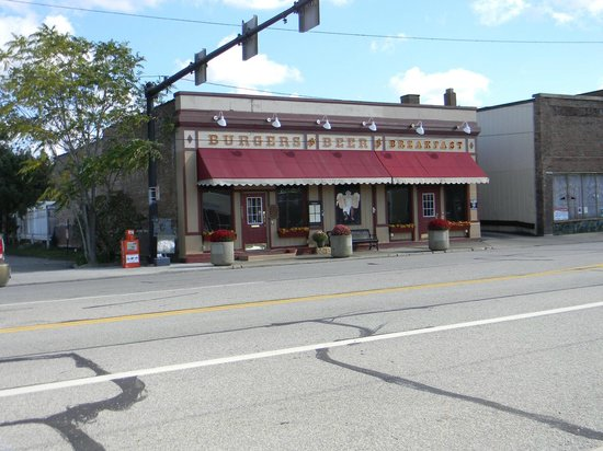 Downtown Willoughby Review Of Burgers N Beer Willoughby Oh