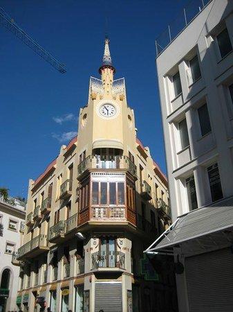 Los Vikingos: Arquitectura de una calle de Sitges