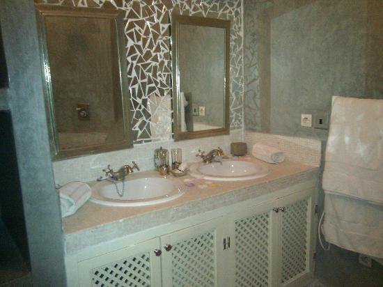 Dar Charkia : Bathroom