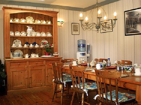 Ilenroy House B&B - Dining Room