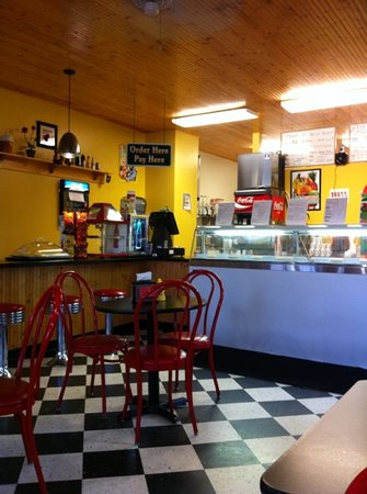 Corner Cone & Cafe
