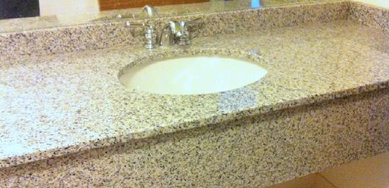 Acadia Inn: NEW BATHROOM SINKS/COUNTERS