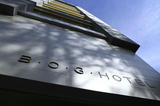 B.O.G. Hotel: Muy buena arquitectura, realmente es una propuesta nueva y diferente