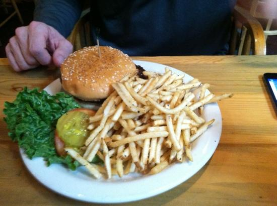 Creamery Brew Pub & Grill : burger and fries!
