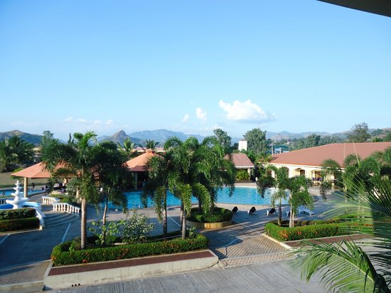Subic, Filipinas: Photo from the balcony of pool area