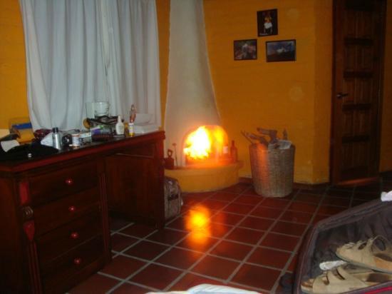 B&B Tumbaco: Casita with fireplace