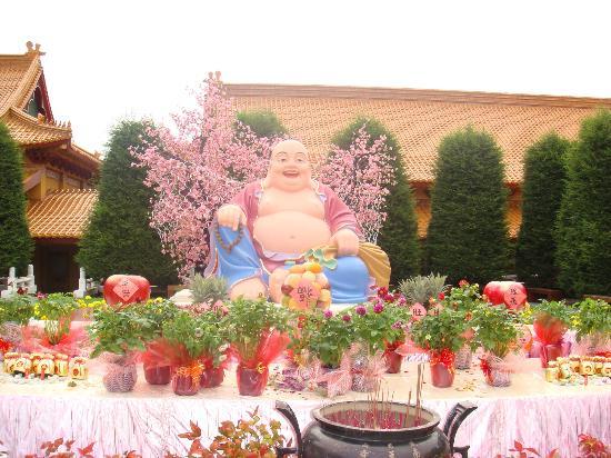 Nan Tien Temple: Smiling Buddha?