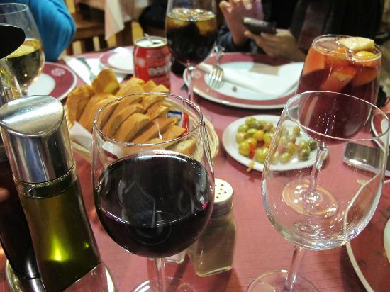 Hostal Virgen del Rocio: Beverages