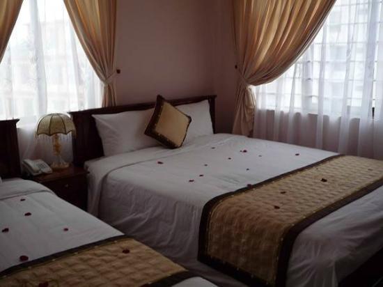 Hue Holiday Hotel: HOLODAY HOTEL HUE