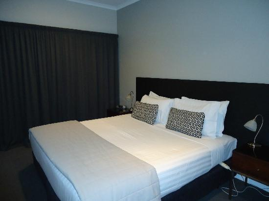 Marlborough Vintners Hotel Heritage Boutique Collection: Comfy bedroom