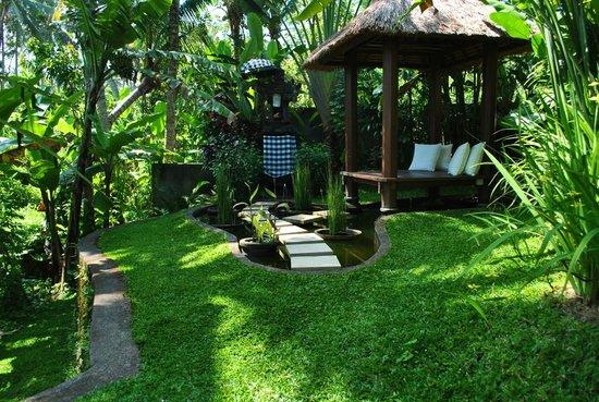 Villa Sancita: relaxing outdoor area