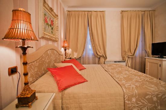 Hotel Porta San Mamolo: camera
